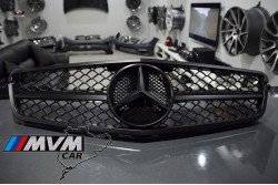 Parrilla Mercedes W204 Black edition C63